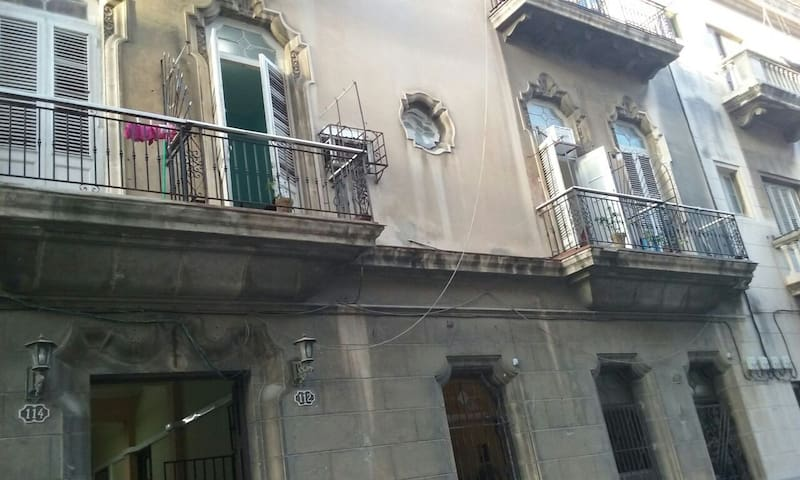 Apartment in Old Havana with great location.