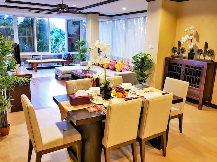 Spacious & Stylish Executive Level Apartment