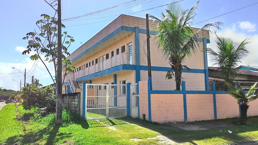 Apartamento Quarto/cozinha/banheiro - Bertioga - Wohnung