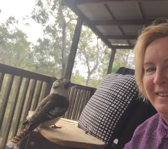relaxing home among the gum trees - Dom