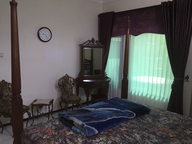 Private Rooms at D'villa Batu - Batu - Haus
