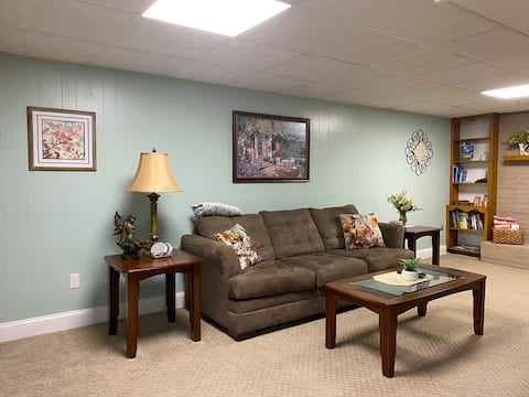 Home Sweet Home in Star City- Large 1300 sqft