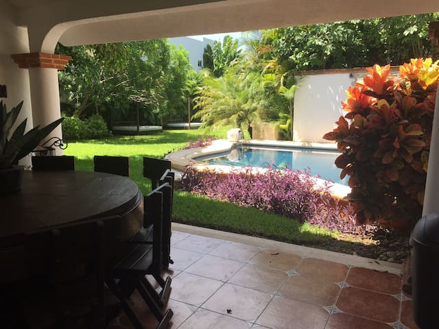 #1PRIVATE ROOM 5 MIN FROM AIRPORT