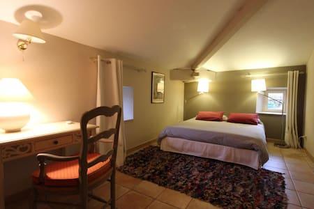 vue chambre grand lit 160 cm