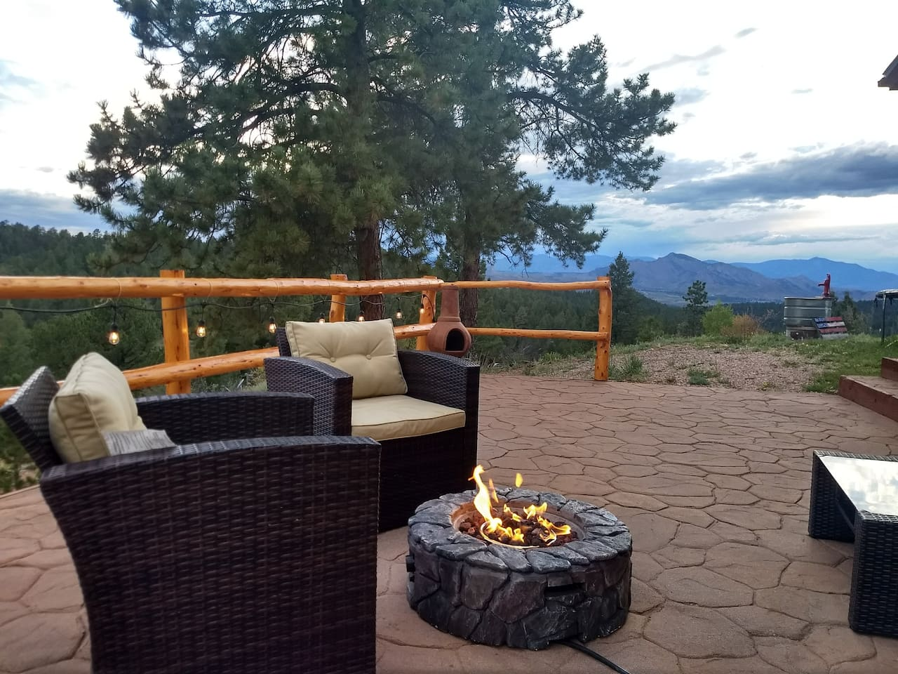 Enjoy the evening sunset by the gas fireplace