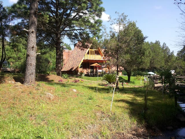 HUASCA COTTAGE | Kitchen, TV,  billiard & more - Hidalgo - Cabin