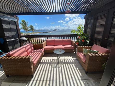 Spectacular Sapphire Beachfront  - New Listing
