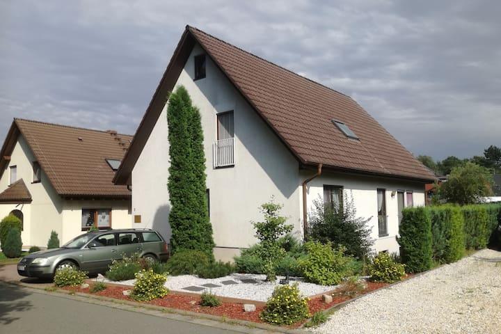 Komplett ausgestattete Ferienwohnung in Neumark