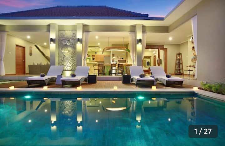 Amazing Luxury Villa -2BR Seminyak