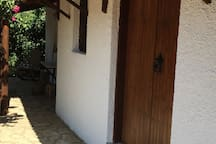Vounaki House - Bedroom 1 outside - A closer look