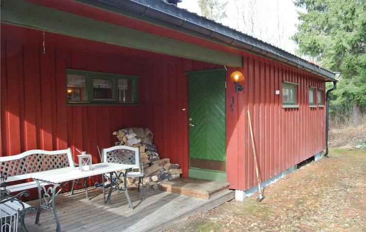 Holiday cottage with 2 bedrooms on 85m² in Enger