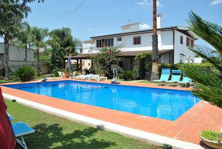 Casa vacanza in puglia - San Vito dei Normanni - Apartemen