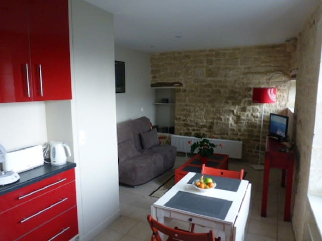studio meublé à Benet 85490 - Benet - Apartment