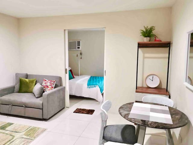 Stylish 1BR by Megamall @ Currency w/Wifi Gym Pool
