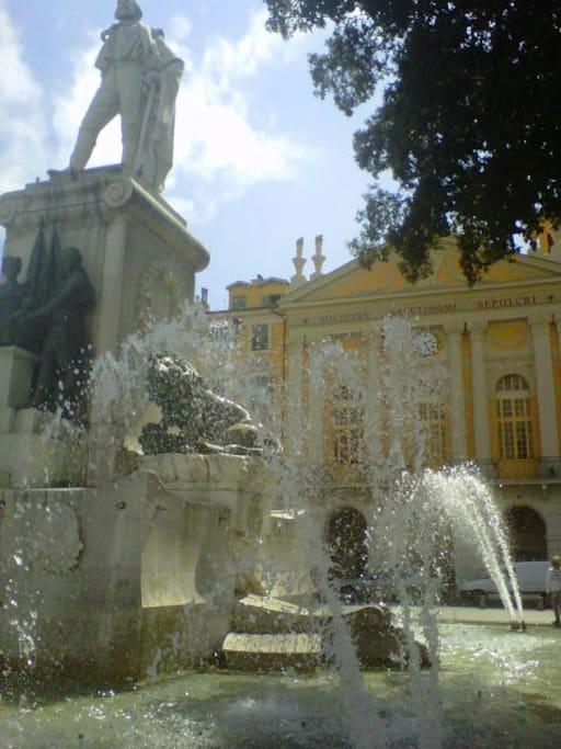 Place de Garibaldi/Vieux Nice