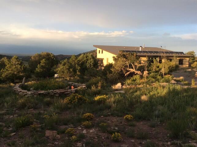 Beautiful Mountain-top Home.. - Del Norte - House