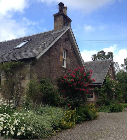 Woodside Cottage, Cromlix, Dunblane - Cromlix - Apartment