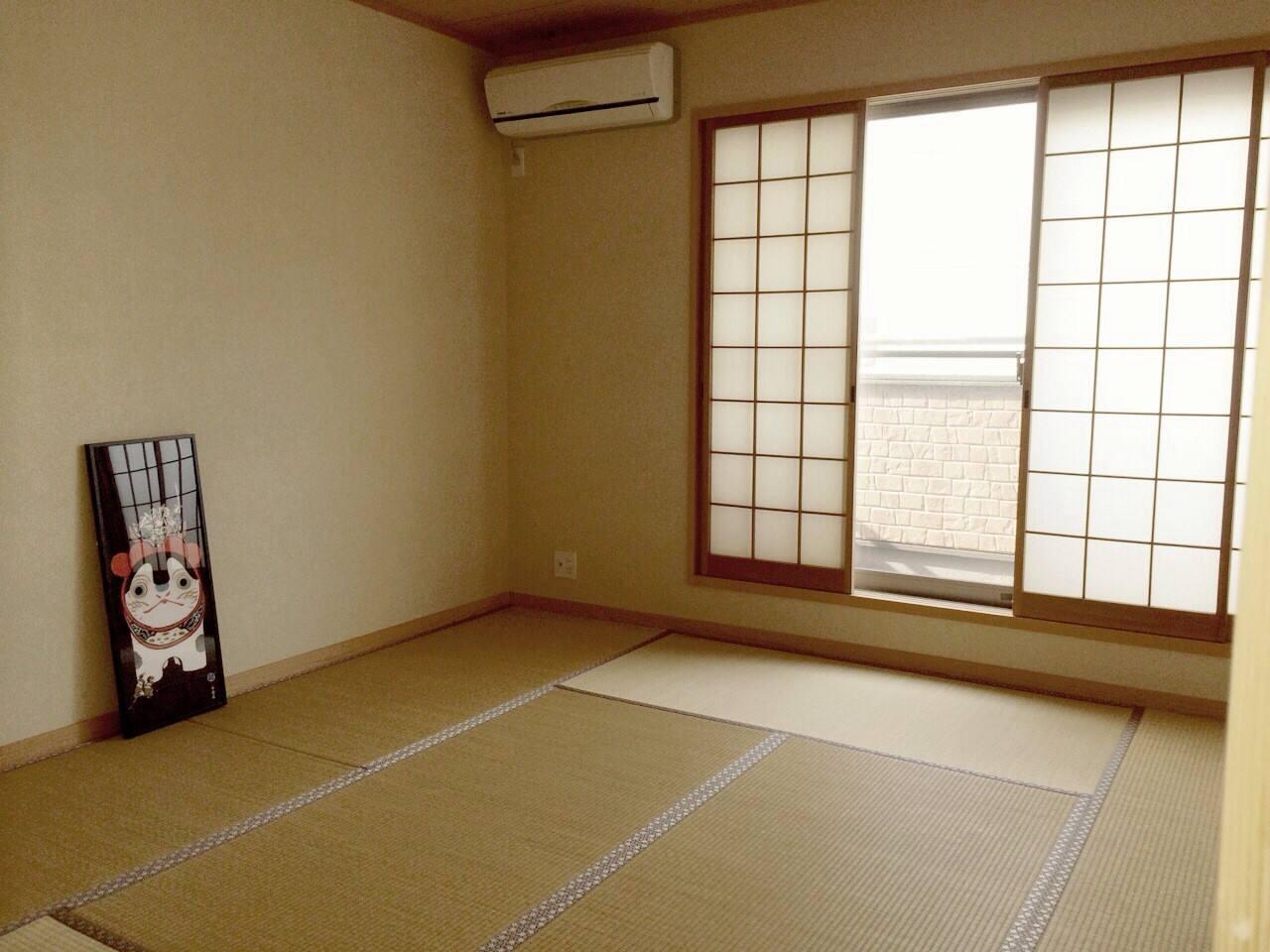 Tatami room   8畳和室