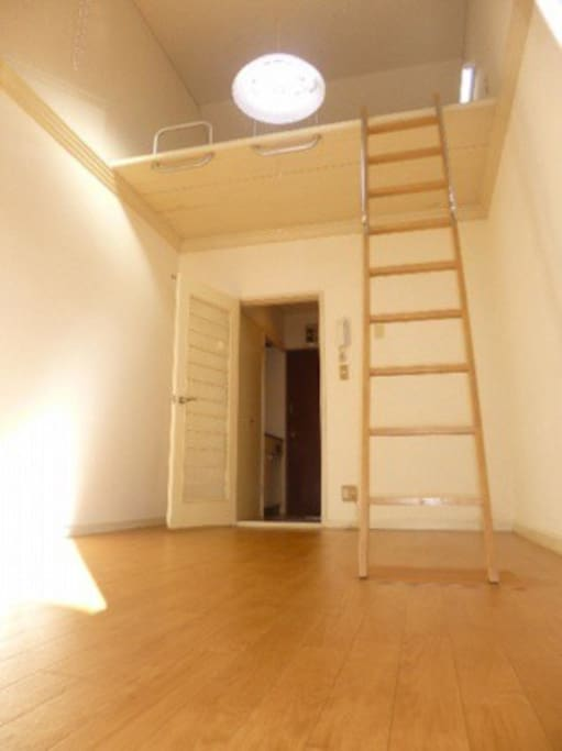 Futon can be used at Loft  space for more Guest