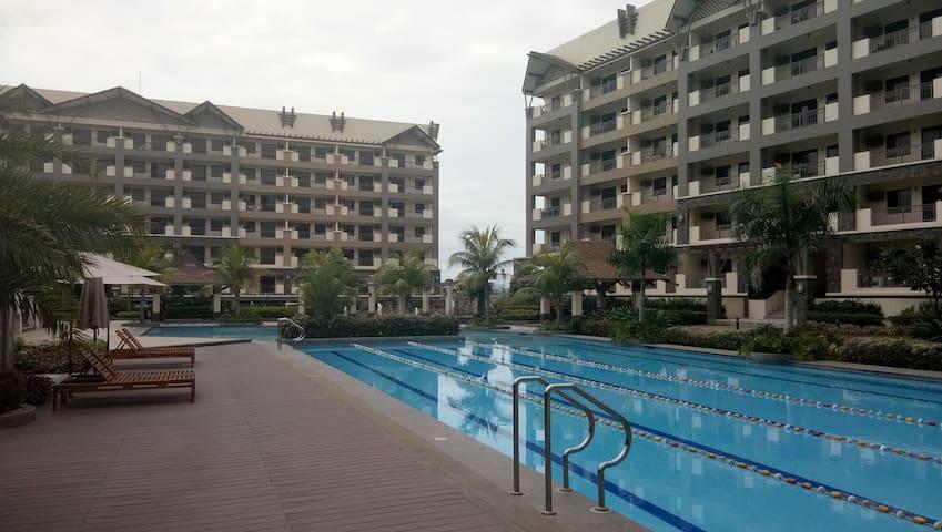 New Resort Type Condo near BGC and Airport