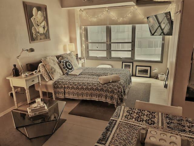 Stylish Contemporary Studio Unit in Eastwood City