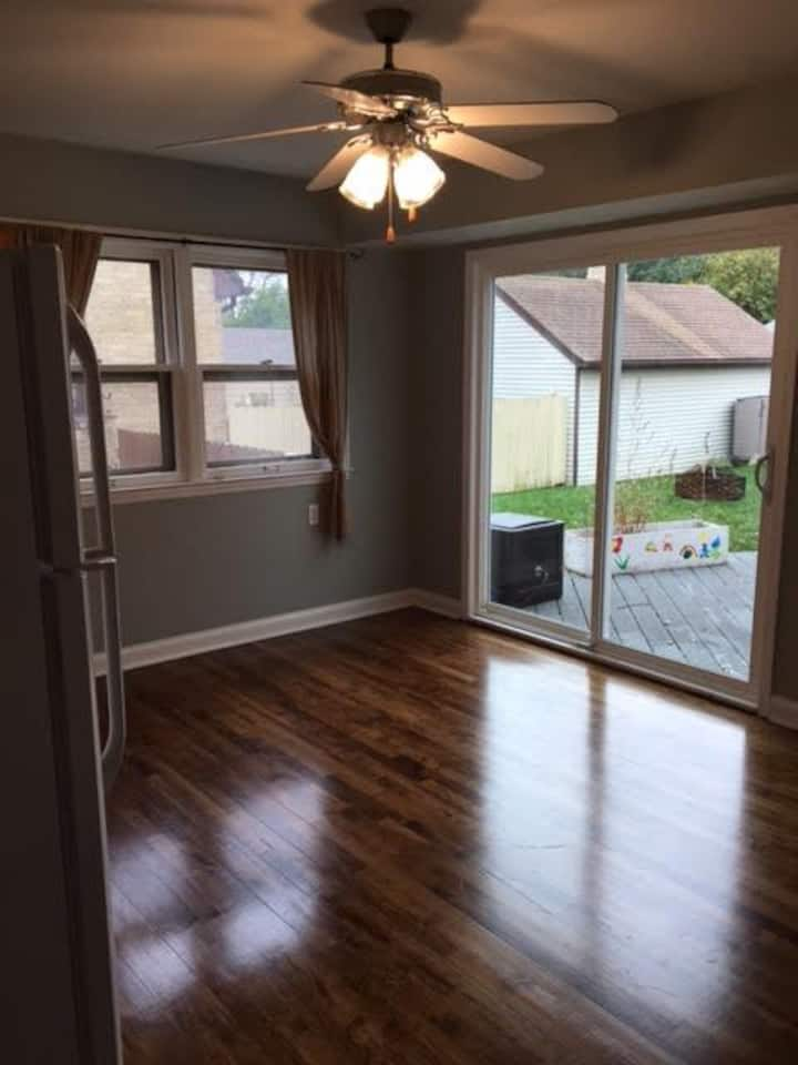 DNC RENTAL!! Spacious 3-bedroom lower duplex