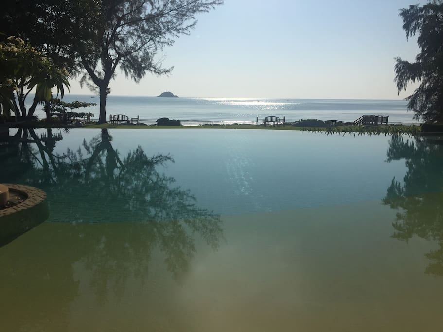 View on the infinity pool