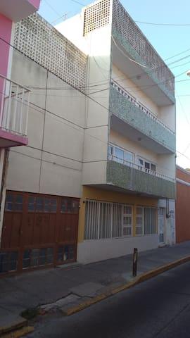 Amplio Departamento Zona Centro