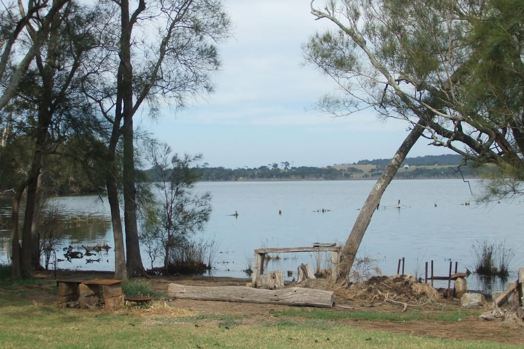 COILA LAKE IN FRONT OF YOUR CARAVAN