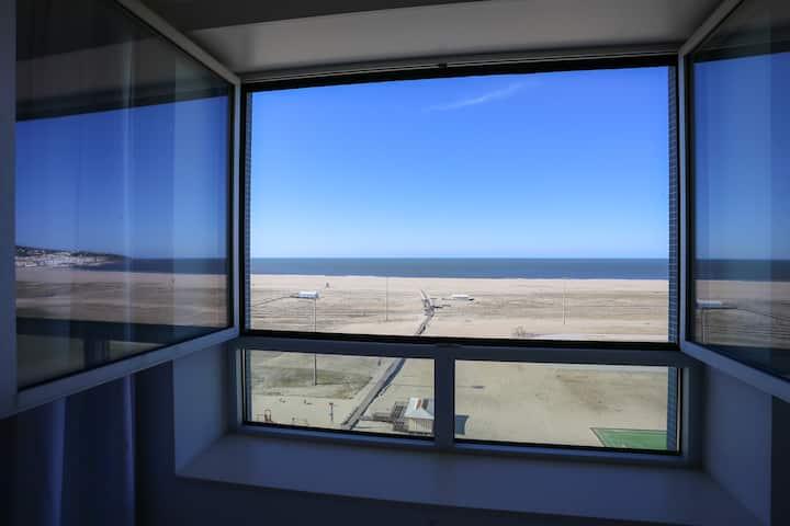 Sea Side Luxury Apartment