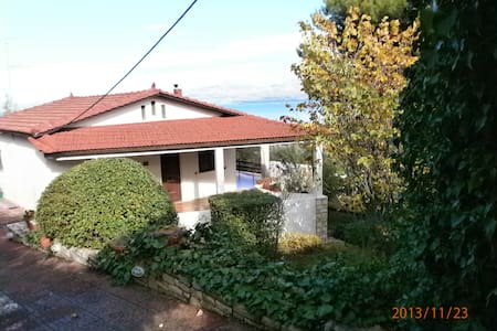 Cottage with spectacular sea view - MARKOPOULO OROPOS - Villa