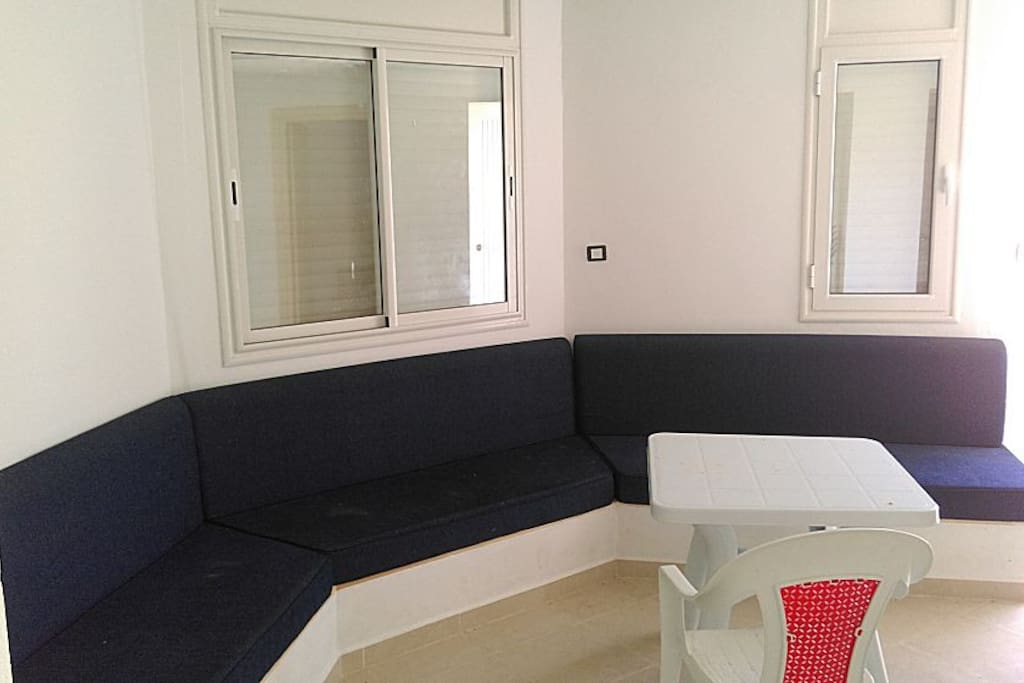 Appartement meuble s 2 a kelibia apartments for rent in for Meuble kelibia salon