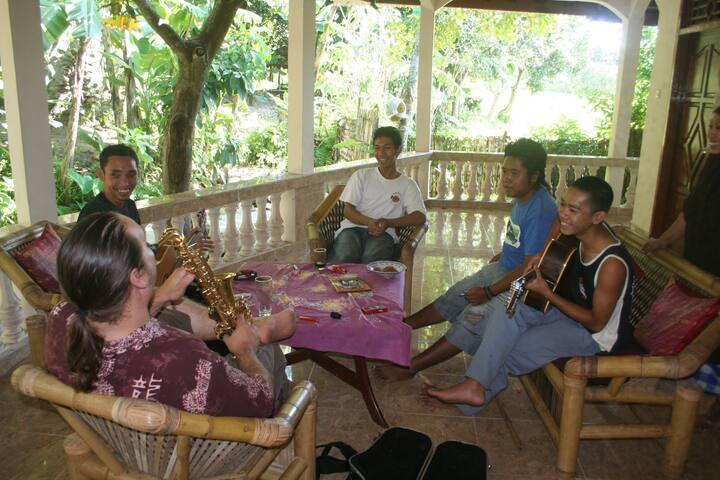 Lombok village life - Gunungsari