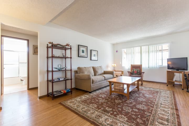 Updated March 2015, 2 bdrm apt