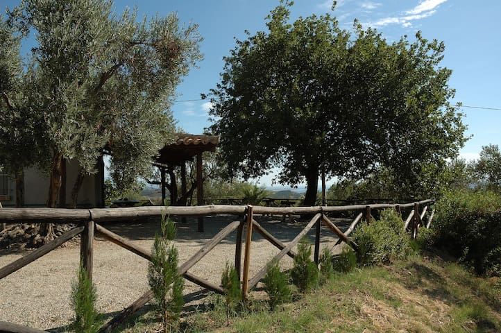 Country house, 2km from the sea. - Stalettì - Huis