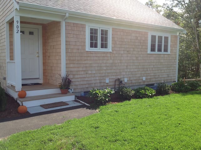 "New Cape Cottage ""Ebb Tide"" level - Yarmouth - Daire"