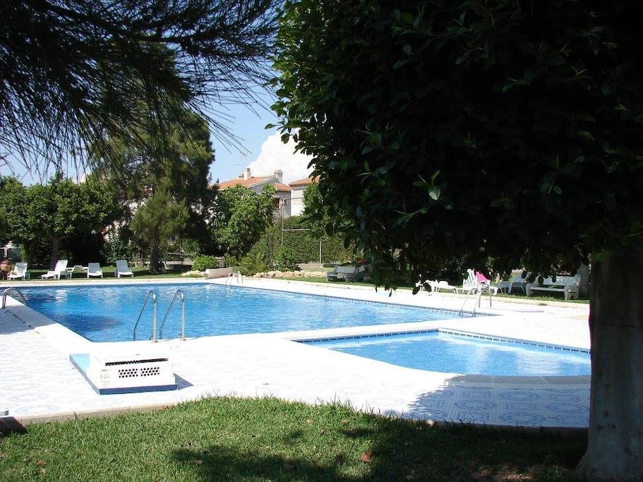 Bungalow au calme piscine tennis 800m de la mer bungalows en alquiler en guardamar del - Alquiler casas guardamar del segura ...
