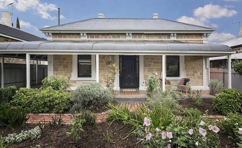Stone Fronted Character Home close to CBD