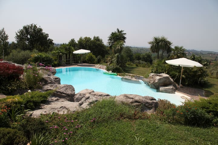 Romantic location Gardalake & Pool - Bussolengo - 別荘
