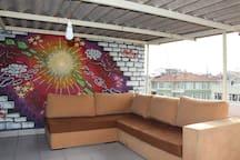 Corner set in Terrace