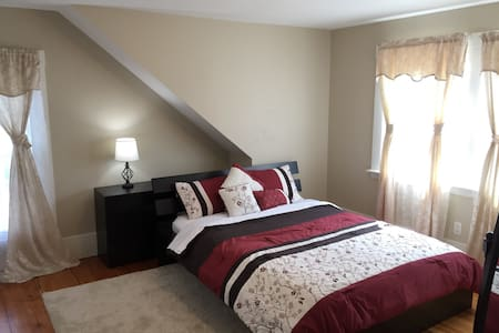 Spacious & Sunny Bedroom