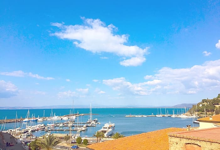 Argentario Penthouse with sea view
