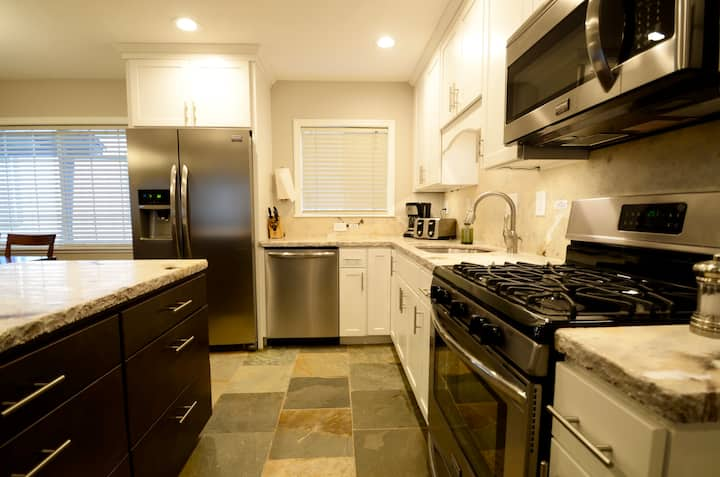 4 Remodeled Two Bedroom Condo