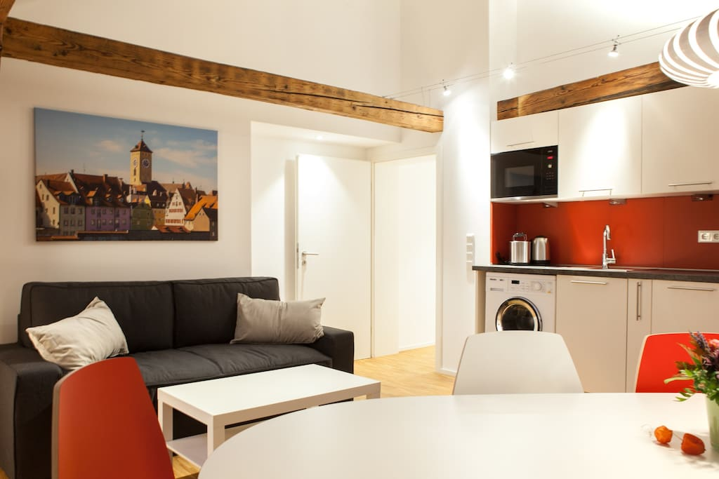 altstadtnest regensburg wohnung 1 wohnungen zur miete in regensburg bayern deutschland. Black Bedroom Furniture Sets. Home Design Ideas