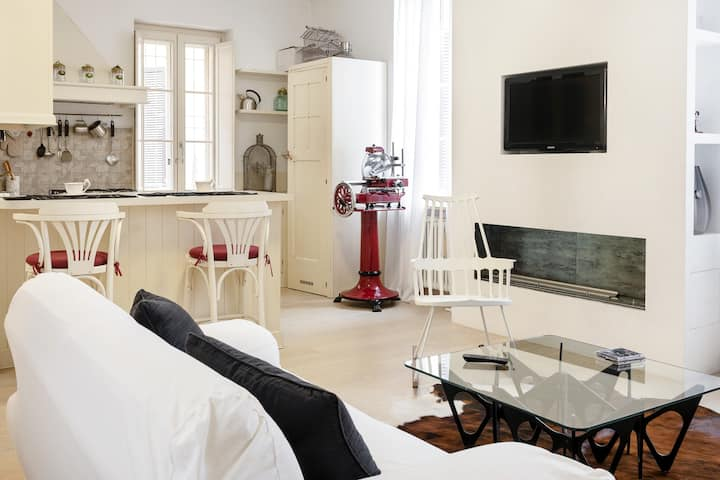 Suite Design Suite in the heart of Parma