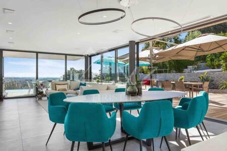 Villa californienne de luxe neuve 5 étoiles