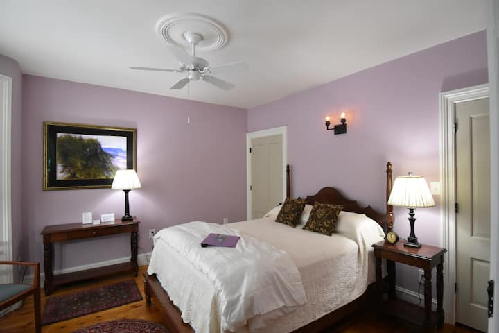 Asher Durand Suite - Danskammer House