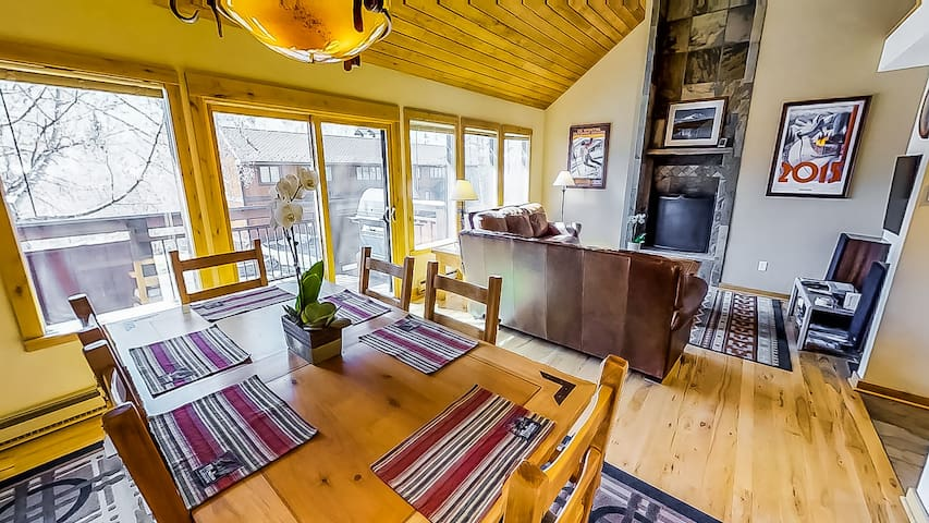 Renovated 3BD Home Minutes to Vail Village Lift