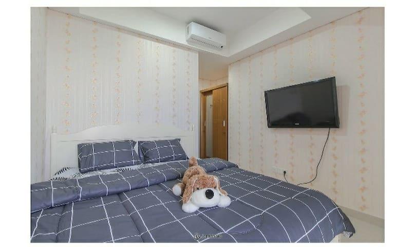 Gold Coast Apartment - Cozy room & Wonderful view