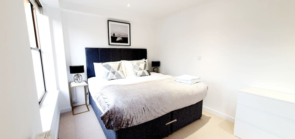 Brand New, 2 bed, Super Clean 2 Bed Apartment